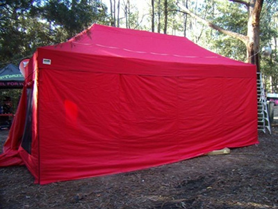 Gazebo accessory - red colour walls